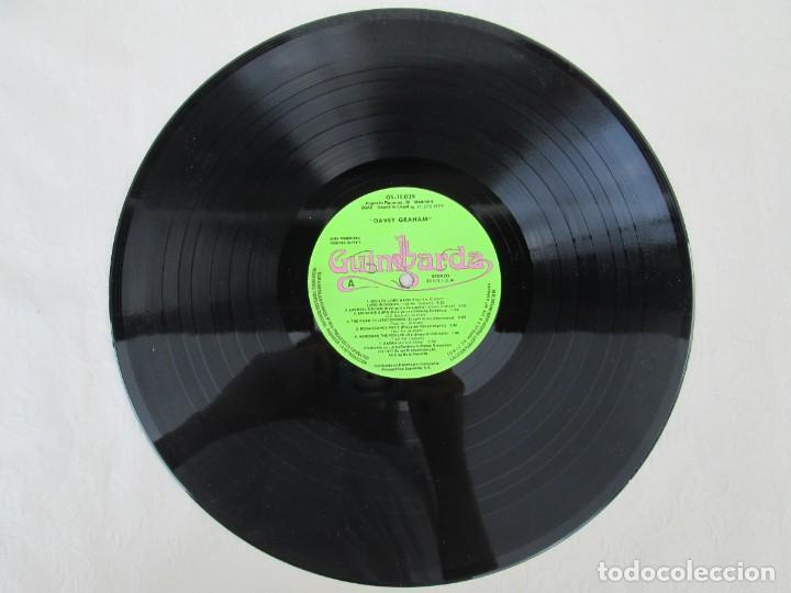 Discos de vinilo: DAVEY GRAHAM. THE COMPLETE GUITARIST. LP VINILO. GUIMBARDA ZAFIRO 1979. VER FOTOGRAFIAS ADJUNTAS - Foto 3 - 171745967