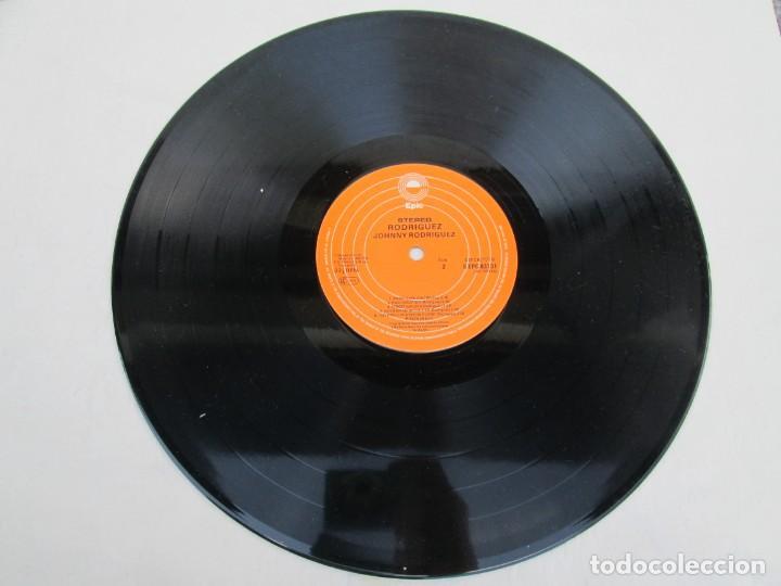 Discos de vinilo: JOHNNY RODRIGUEZ. LP VINILO. EPIC CBS 1979. VER FOTOGRAFIAS ADJUNTAS - Foto 5 - 171818728