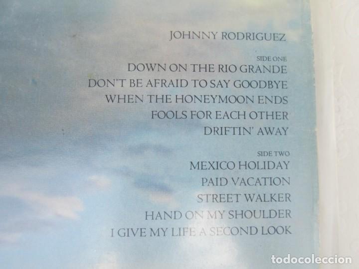 Discos de vinilo: JOHNNY RODRIGUEZ. LP VINILO. EPIC CBS 1979. VER FOTOGRAFIAS ADJUNTAS - Foto 7 - 171818728