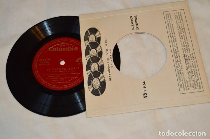Discos de vinilo: Lote 10 Singles / Años 50 - 60, Compañías REGAL, RCA, COLUMBIA, TELEFUNKEN, LA VOZ DE SU AMO ¡Mira! - Foto 5 - 172112080