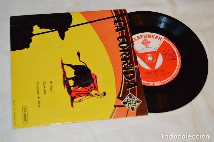 Discos de vinilo: Lote 10 Singles / Años 50 - 60, Compañías REGAL, RCA, COLUMBIA, TELEFUNKEN, LA VOZ DE SU AMO ¡Mira! - Foto 10 - 172112080