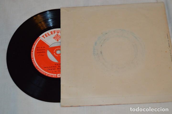 Discos de vinilo: Lote 10 Singles - Años 50/60, Compañías ZAFIRO, RCA, COLUMBIA, TELEFUNKEN, LA VOZ DE SU AMO y otras. - Foto 5 - 172112903