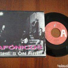 Discos de vinilo: AFÓNICOS SHE'S ON FIRE LA FÁBRICA MAGNÉTICA PROMO 1991. Lote 172427917