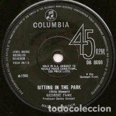 Discos de vinilo: GEORGIE FAME - SITTING IN THE PARK (7, SINGLE, SOL) LABEL:COLUMBIA CAT#: DB 8096 . Lote 172783015