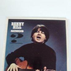Discos de vinilo: BENNY HILL SINGS ( 1965 PYE UK ) RARO Y DIFICIL TONY HATCH. Lote 172967067