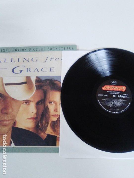 Discos de vinilo: FALLING FROM GRACE ( 1992 MERCURY HOLLAND ) JOHN COUGAR MELLENCAMP JOHN PRINE DWIGHT YOAKAM LISA GER - Foto 3 - 172967550
