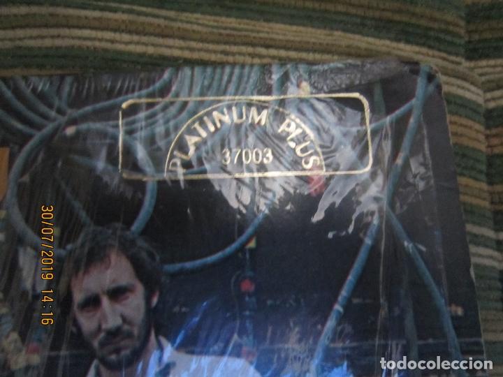 Discos de vinilo: THE WHO - WHO ARE YOU LP - ORIGINAL U.S.A. - MCA RECORDS 1978 CON FUNDA INT. GENERICA DE LA MCA - - Foto 2 - 173011387