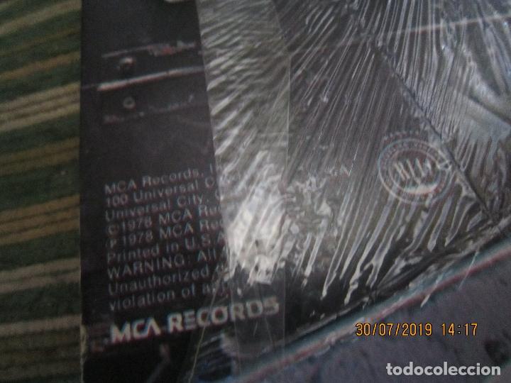 Discos de vinilo: THE WHO - WHO ARE YOU LP - ORIGINAL U.S.A. - MCA RECORDS 1978 CON FUNDA INT. GENERICA DE LA MCA - - Foto 5 - 173011387