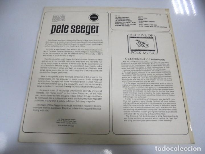 Discos de vinilo: LP. PETE SEEGER. THE HOUSE CARPENTER. ARCHIVE OF FOLK MUSIC. STEREOMONIC. 1968 - Foto 2 - 173057119