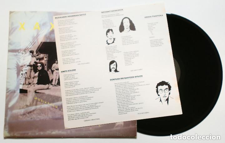 Discos de vinilo: LP - XAXIMIKU : Musikaren Indarrean Gatoz (IZ, 1989) FOLK VASCO - DMM - incluye inserto - Foto 2 - 173259110