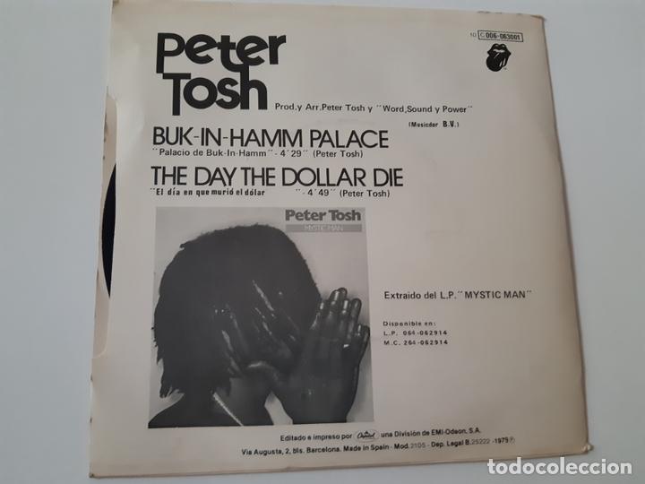 Discos de vinilo: PETER TOSH- BUCK-IN-HAMM PALACE - SPAIN SINGLE 1979 - VINILO COMO NUEVO. - Foto 2 - 173565695