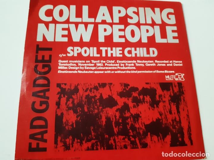 Discos de vinilo: FAD GADGET - COLLAPSING NEW PEOPLE- SPAIN PROMO SINGLE 1984 - COMO NUEVO. - Foto 2 - 173575412