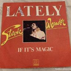 Discos de vinilo: STEVIE WONDER – LATELY SELLO: MOTOWN – 101447, VOGUE – 101447 FORMATO: VINYL, 7 , 45 RPM . Lote 173659358
