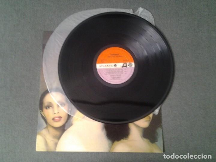 Discos de vinilo: SUPERMAX -DON'T STOP THE MUSIC- LP ATLANTIC 1976 ED. ESPAÑOLA HATS 421-274 MUY BUENAS CONDICIONES. - Foto 3 - 173676080