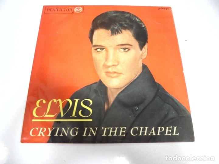 SINGLE. ELVIS. CRYING IN THE CHAPEL. 1965. RCA (Música - Discos - Singles Vinilo - Pop - Rock Extranjero de los 50 y 60)