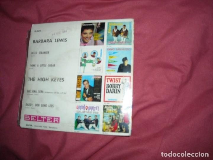 Discos de vinilo: BARBARA LEWIS/THE HIGH KEYES -EP- HELLO STRANGER/QUE SERA SERA - SPAIN 1963 - Foto 2 - 173850950