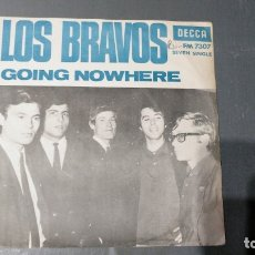 Discos de vinilo: LOS BRAVOS - GOING NOWHERE - DECCA - SEVEN SINGLE. Lote 173998285