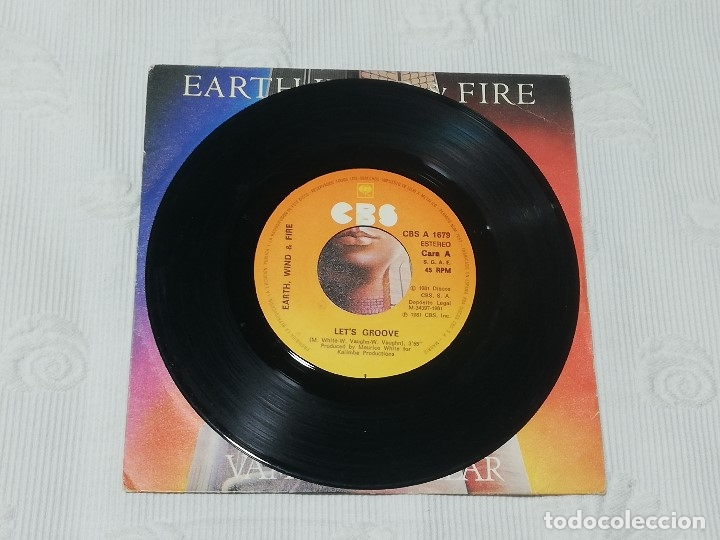 Discos de vinilo: SINGLE: EARTH, WIND & FIRE · let's groove (vamos a vacilar) - Cbs, 1981 - - Foto 3 - 174307474