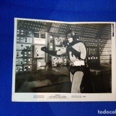 Discos de vinilo: BATMAN EN BATICUEVA FOTO ORIGINAL U.S.A COLECCIONISTAS . Lote 174406252