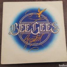 Discos de vinilo: BEE GEES GREATEST DISCO DOBLE DE VINILO GATEFOLD 1979. Lote 174569058