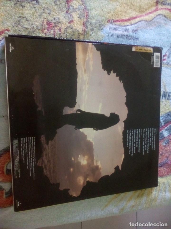 Discos de vinilo: Eddy Grant - Walking on Sunshine ,Hispavox 1989 españa - Foto 2 - 174581288