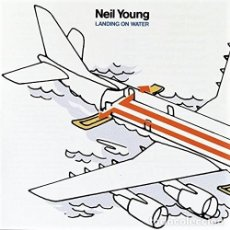 Discos de vinilo: NEIL YOUNG - LANDING ON WATER (1986). Lote 175324415