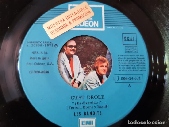 Discos de vinilo: LES BANDITS- C´EST DROLE - SPAIN PROMO SINGLE 1973 - VINILO COMO NUEVO. - Foto 3 - 175588920