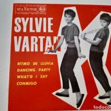 Discos de vinilo: SYLVIE VARTAN- RITMO DE LLUVIA- SPAIN EP 1963- EXC. ESTADO.. Lote 175597334