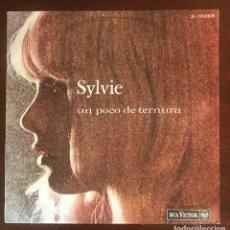 """Discos de vinilo: SYLVIE VARTAN """"UN POCO DE TERNURA"""" SINGLE RCA 1967 YEYE. Lote 175668643"""