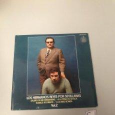 Discos de vinilo: LOS HERMANOS REYES. Lote 175798773