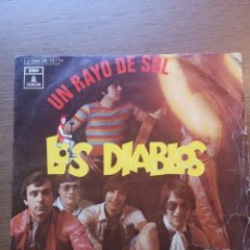 Discos de vinilo: LOS DIABLOS – UN RAYO DE SOL. Lote 175885494