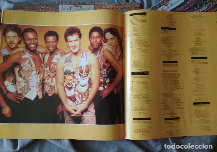 Discos de vinilo: JOHNNY CLEGG & SAVUKA - CRUEL CRAZY BEAUTIFUL WORLD. LP 1990. - Foto 2 - 176061987