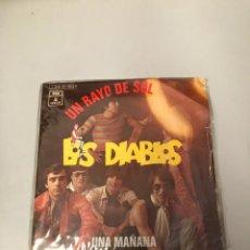 Discos de vinilo: LOS DIABLOS. Lote 176069195