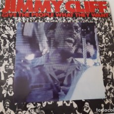 Discos de vinilo: JIMMY CLIFF- GIVE THE PEOPLE WHAT THEY WANT- SPAIN LP 1981 + ENCARTE- COMO NUEVO.. Lote 176342510