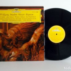Disques de vinyle: MOZART - REQUIEM - KARL BÖHM - WIENER PHILH. DG 2530143 ST33 ESPAÑA 1973 EX/VG++. Lote 176553457
