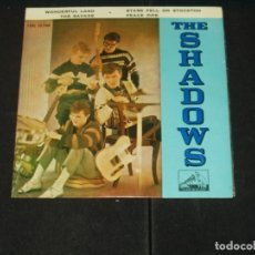 Discos de vinilo: SHADOWS EP WONDERFUL LAND. Lote 176649223