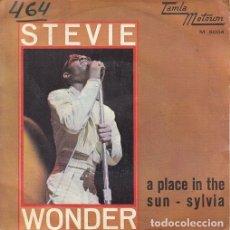 Discos de vinilo: STEVIE WONDER -- A PLACE IN THE SUN - SINGLE ESPAÑOL DE VINILO TAMLA MOTOWN - 5004 #. Lote 176858343