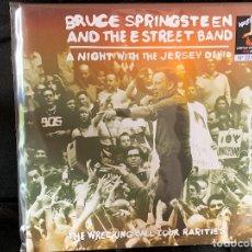 Discos de vinilo: BRUCE SPRINGSTEEN - A NIGHT WITH THE JERSEY DEVIL - 1 LP, ED. LIMITADA, VINILO ROJO. Lote 176889179
