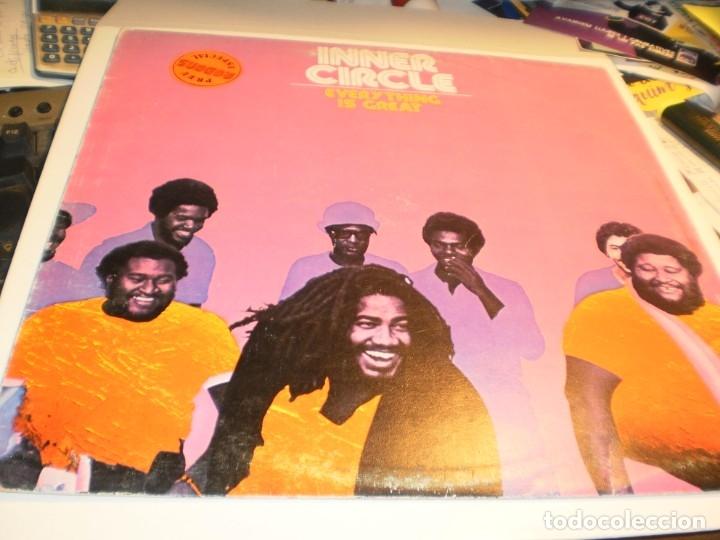 LP INNER CIRCLE. EVERY THING IS GREAT. ISLAND 1979 SPAIN (PROBADO Y BIEN) (Música - Discos - LP Vinilo - Reggae - Ska)