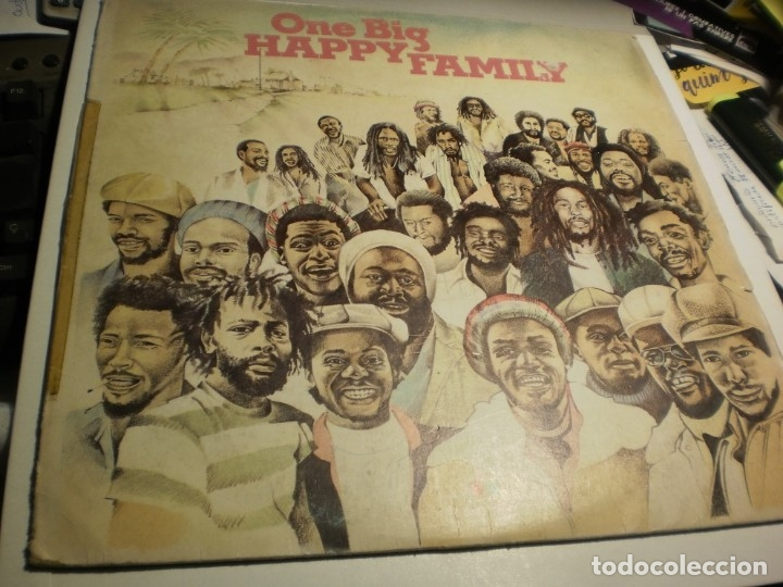 LP ONE BIG HAPPY FAMILY. ISLAND 1979 SPAIN (PROBADO Y BIEN) (Música - Discos - LP Vinilo - Reggae - Ska)