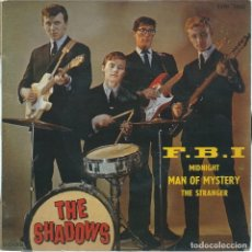 Discos de vinilo: THE SHADOWS, FBI +3 (COLUMBIA 1961) -ED.FRANCESA-. Lote 176987993