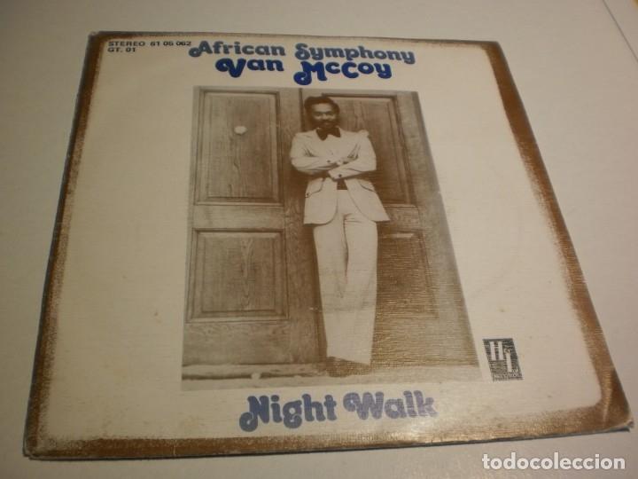 SINGLE VAN MCCOY. AFRICAN SYMPHONY. NIGHT WALK. HL RECORDS 1976 SPAIN (PROBADO Y BIEN) (Música - Discos - Singles Vinilo - Pop - Rock - Extranjero de los 70)