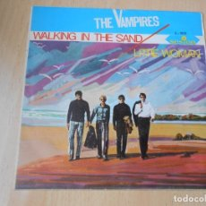 Discos de vinilo: THE VAMPIRES, SG, WALKING IN THE SAND + 1, AÑO 1966. Lote 177338193
