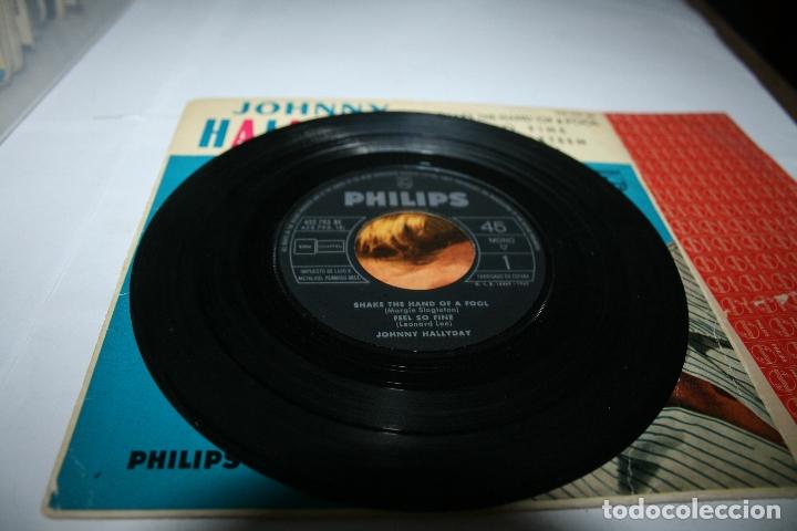 Discos de vinilo: Johnny Hallyday Shake the hand of a fool - 1962 - Ed. española - Foto 3 - 177892514