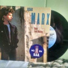 Discos de vinilo: RICHARD MARX RIGHT HERE WAITING SINGLE ITALIA 1989 PDELUXE. Lote 177953512