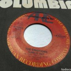 Discos de vinilo: THE EMITIÓNS SINGLE PROMOCIONAL TURN IT OUT U.S.A. 1981. Lote 178005119