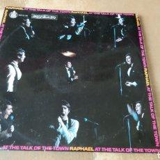 Discos de vinilo: RAPHAEL–LIVE AT THE TALK OF THE TOWN, LONDON . LP VINILO. 1970. BUEN ESTADO. Lote 178028540