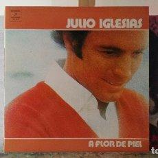 Discos de vinilo: *** JULIO IGLESIAS - A FLOR DE PIEL - LP 1974 (DOBLE PORTADA) - LEER DESCRIPCIÓN. Lote 178094572