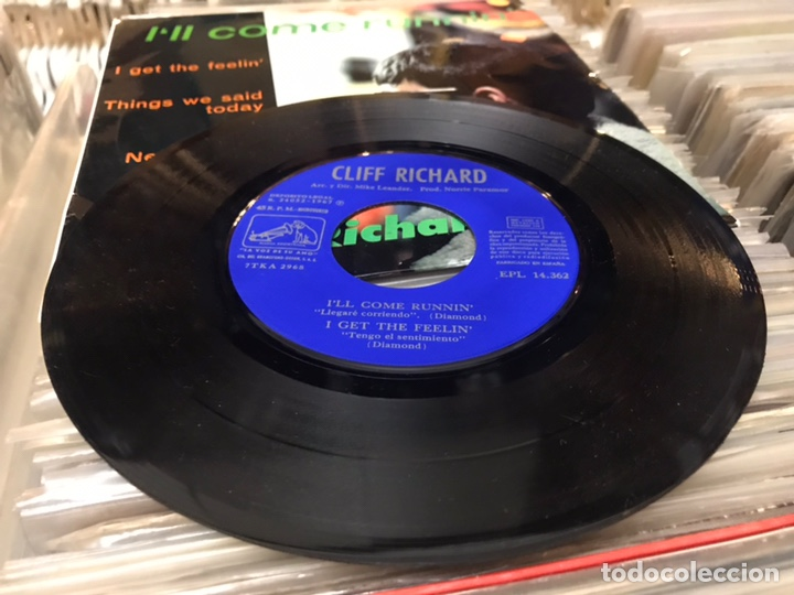 Discos de vinilo: CLIFF RICHARD / I'LL COME RUNNIN' + 3 (EP 1967) - Foto 4 - 178141137