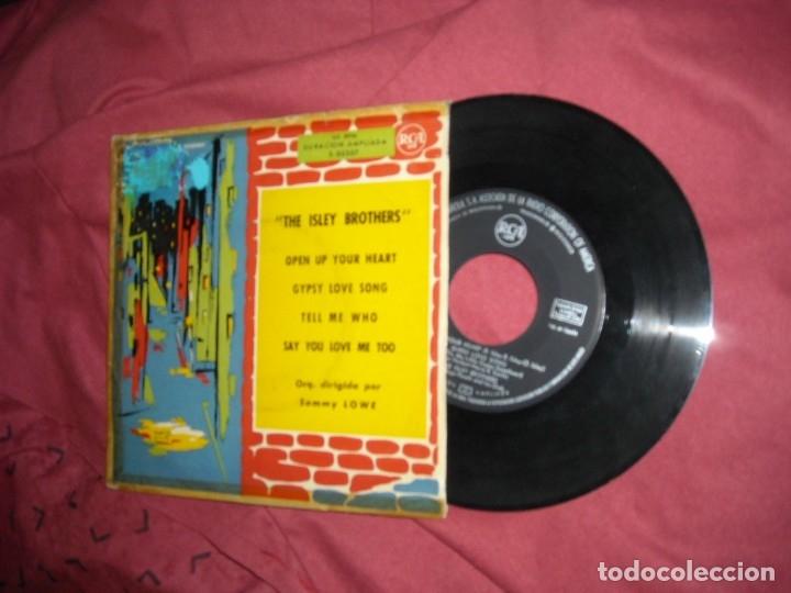 THE ISLEY BROTHERS EP OPEN UP YOUR HEART 1960 RCA SPA VER FOTOS RARO Y DIFICIL EP (Música - Discos de Vinilo - EPs - Funk, Soul y Black Music)